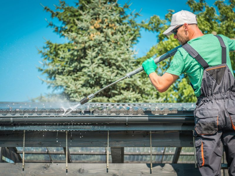 roof-and-gutters-cleaning-BXN2QDF
